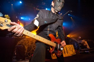 Slipknot: Malhechores en la tumba de Paul Gray