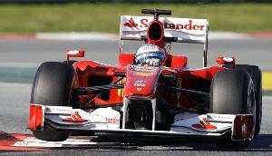 Alonso marca el segundo mejor tiempo en unos primeros libres dominados por Sutil