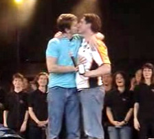 homosexuales Barrowman_and_Gill_-_30_June_2007