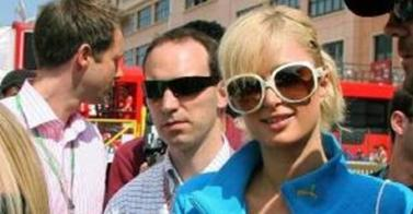 Paris Hilton in the F1 - 0