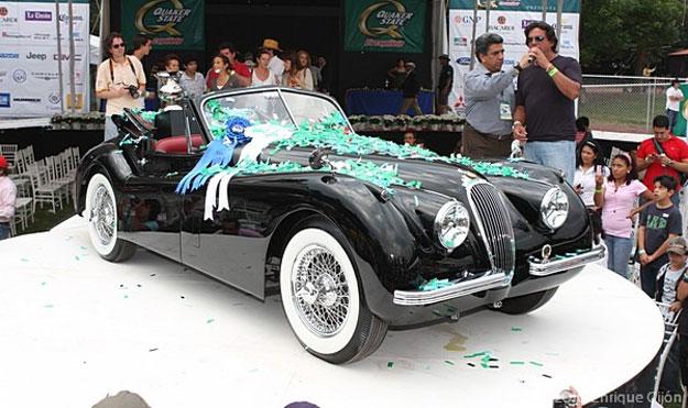 El Jaguar XK120 de 1958 fue el ganador del Concurso de la Elegancia 2010
