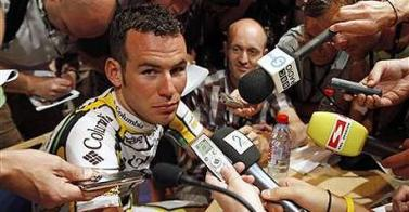 CYCLING 2009 Tour de France Team Columbia-HTC rider Cavendish attends a news conference - 0