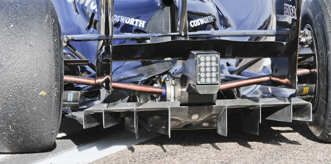 La espectacular parte trasera del Williams FW33