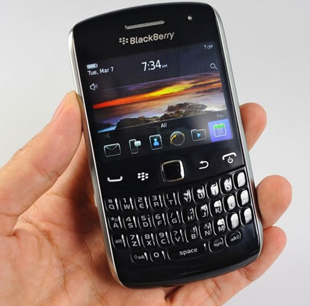 blackberry apollo BlackBerry Curve 9370 Apollo aparece en video