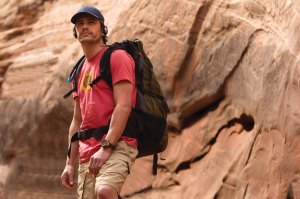 127 HOURS 300x199 Sorteo 127 horas: llévate uno de los dos packs (blu ray, dvd y copia digital)