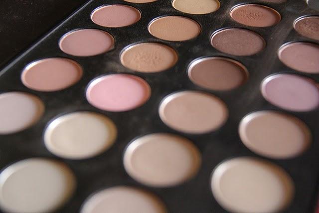 Paleta 28 colores neutros de zoeva - Paleta de colores neutros ...
