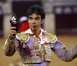 José Tomás en su peor versión bilaketarekin bat datozen irudiak