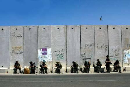 R gimen israel planea construir otro muro de separaci n for Muralla entre mexico y guatemala