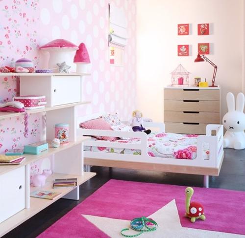 Dormitorios para ni as en rosa for Cuartos para ninas 2 anos