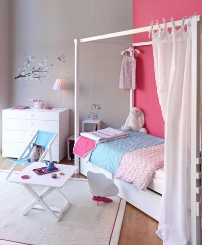 Dormitorios para ni as en rosa for Dormitorios para 4 ninas