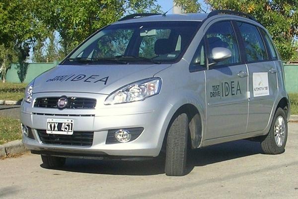 Automotiva test fiat idea attractive 1 4 for Fiat idea attractive 1 4 ficha tecnica
