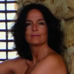 Ángeles García nació en Barcelona en 1971. Realizó estudios de Relaciones Públicas y Contabilidad en Suiza y actualmente trabaja de gestora de recursos ... - oraculo-peces-angeles-garcia_2_1232760