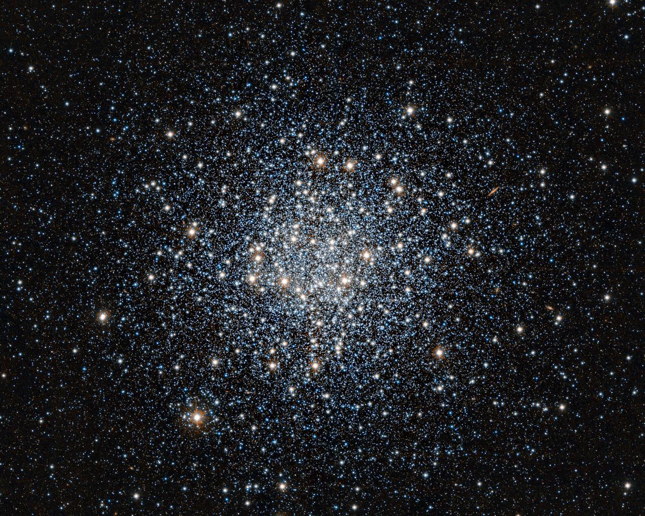 Imagen infrarroja del cúmulo globular de estrellas Messier 55 ...