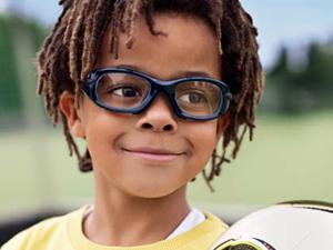ce9fff2cb Los niños con gafas hacen menos deporte