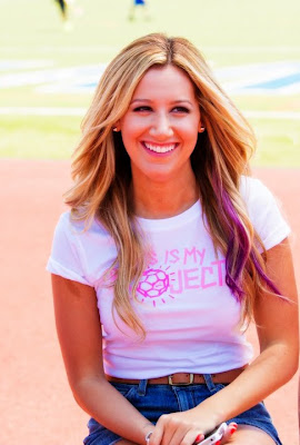 Ashley Tisdale Pink Project (Proyecto rosa)
