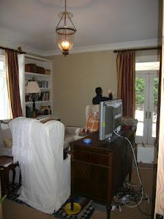 Interiores de casas peque as remodelaci n minimalista for Muebles minimalistas para casas pequenas