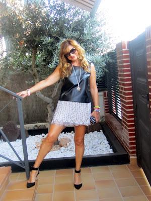 83ac9aabc Mini Falda Nueva Con Abalorios De Zara!!!