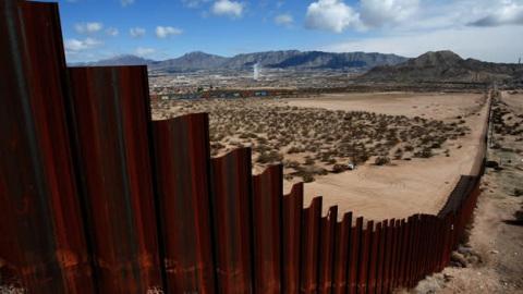 Vivir en la frontera for Muralla entre mexico y guatemala