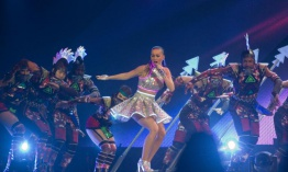 Katy Perry cantará en el intermedio del Super Bowl 2015
