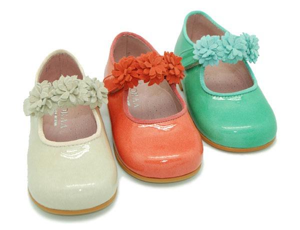 Okaaspain el mejor calzado infantil for Zapateras para ninas