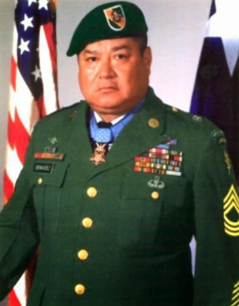 Roy Benavidez - Heroe Boina Verde 225289d46f3