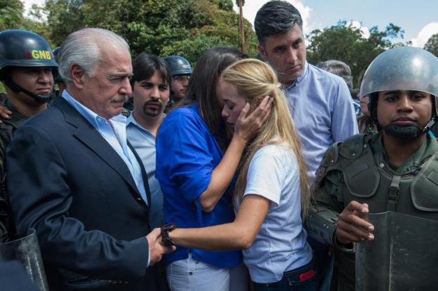 Resultado de imagen para EX PRESIDENTES LLEGAN A VENEZUELA APOYANDO A LEOPOLDO LÓPEZ