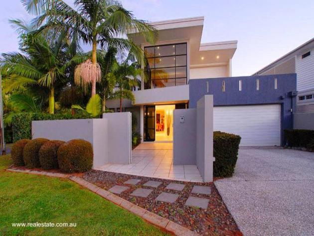 32 im genes de fachadas de casas modernas for Modelo de fachadas de viviendas