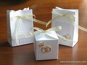 tazas otro recuerdo de boda que es tan til como original y econmico son las tazas con las iniciales de los novios