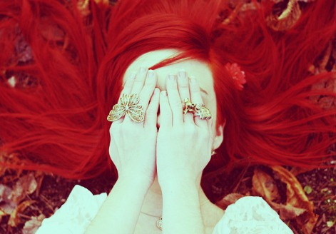 55d79ada967c7c El cabello rojo un color muy seximente elegante atrevido y muy sensual .