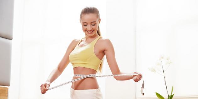 Arreglar la grasa del vientre a las muchachas