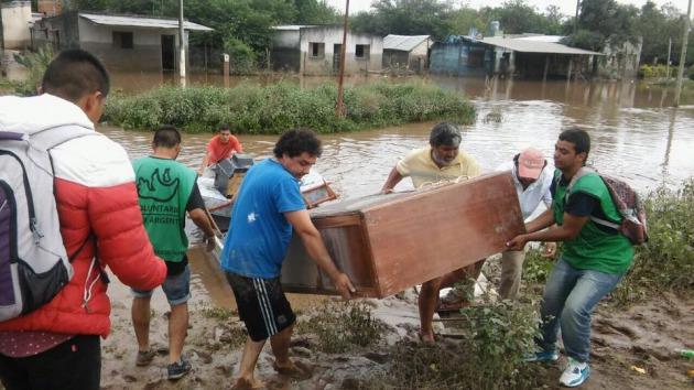 El equipo remar s o s argentina aporta su granito de ayuda for Granito argentina