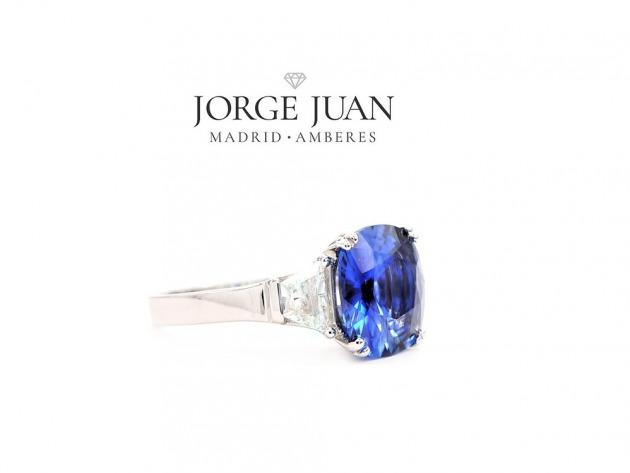 638c0821055d Estas últimas piezas de joyería se basarán en la utilización del oro rosa  con pequeños diamantes