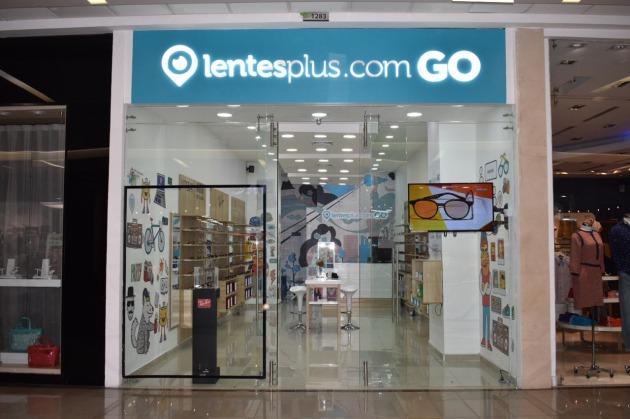 b38e27f992 Lentesplus.com lanza nuevos centros de experiencia en Colombia