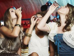 El alcoholismo como el fenómeno social en rossii